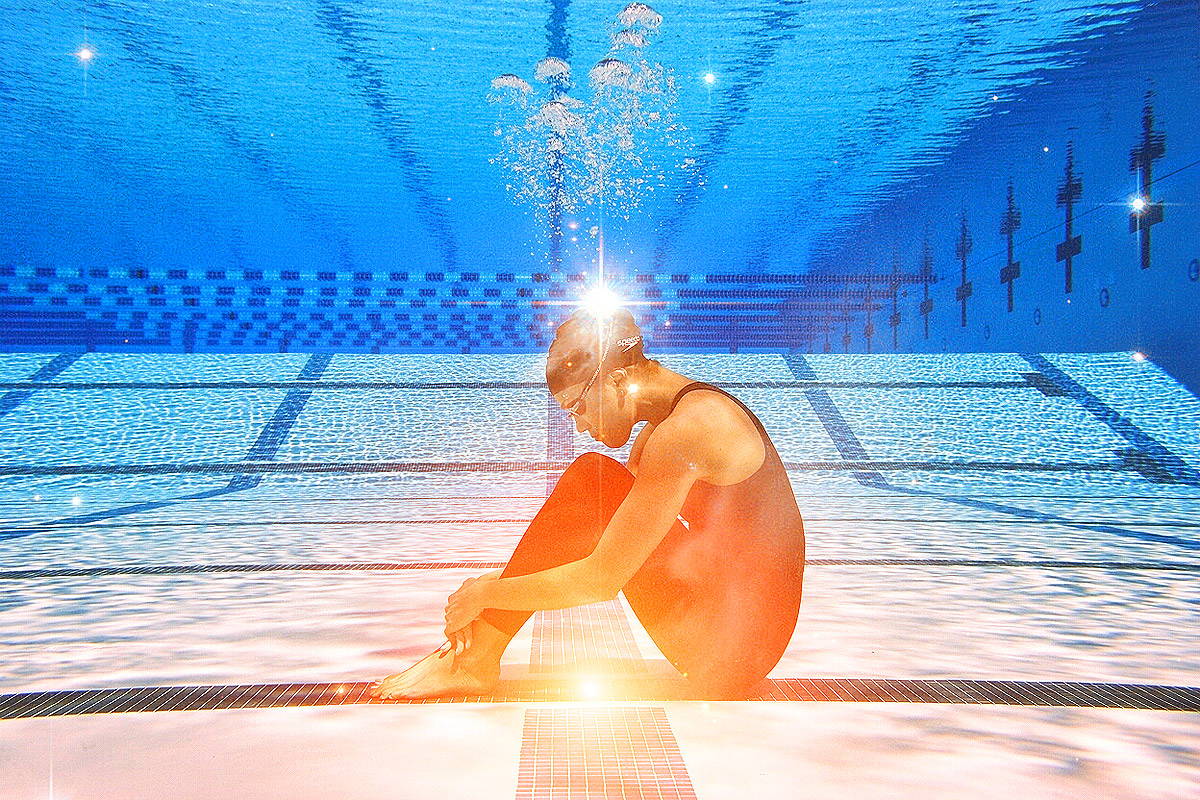 natalie coughlin thinking underwater 12 time olympic medalist for usa swimming 3 gold 4 silver and 5 bronze also an avid home cook urban farmer